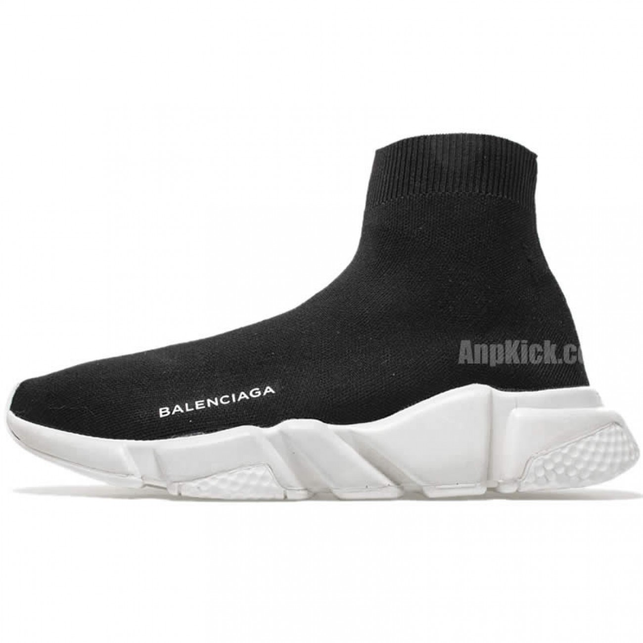 balenciaga runners black